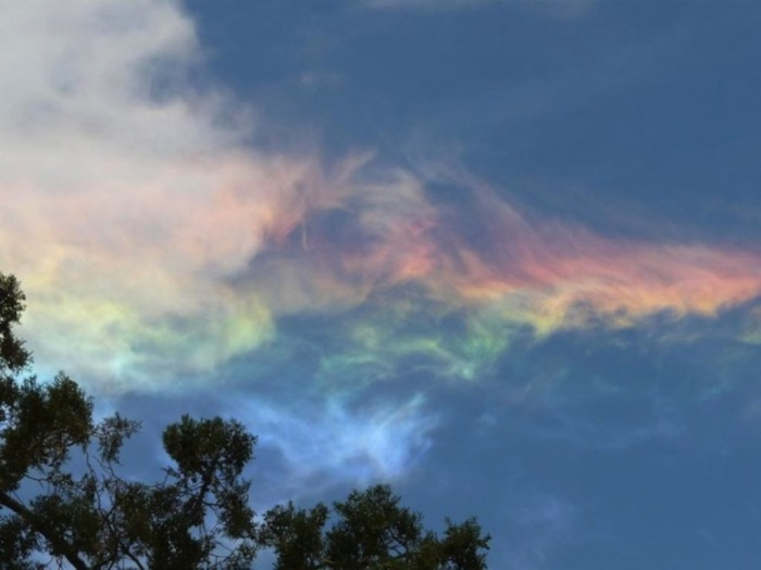 FireRainbowdaslasher11 Weird Fire Rainbows that Appear in the Sky, Have You Ever Seen Them?