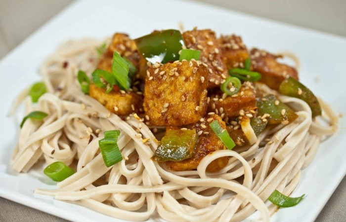 Garlic-Ginger_Tofu-4 Do You Want to Lose Weight? Eat These 25 Superfoods