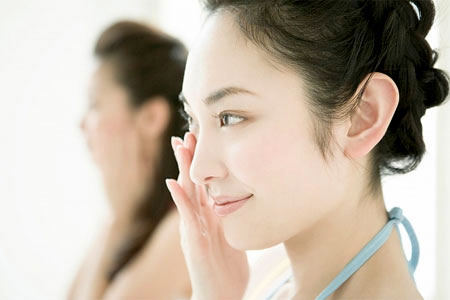 How-to-treat-and-prevent-acne 8 Tips On How To Cure Your Acne