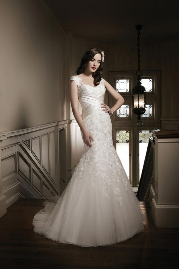 Justin-Alexander-2014-wedding-dress-collection-style-8681 47+ Creative Wedding Ideas to Look Gorgeous & Catchy on Your Wedding