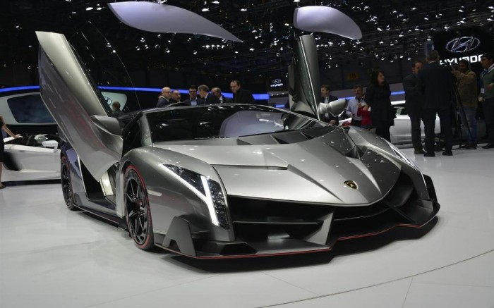 Lamborghini-Veneno-Supercar-0011-1680 Lamborghini Veneno Allows You to Enjoy Driving At a High Speed
