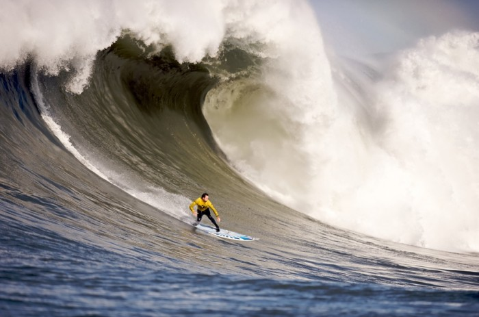 Mavericks_Surf_Contest_2010b 70 Stunning & Thrilling Photos for the Biggest Waves Ever Surfed