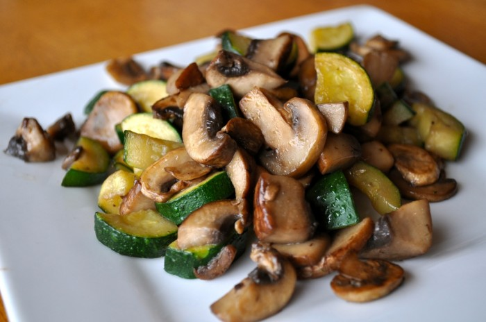 Mushroom-Quinoa-Patties-1 Do You Want to Lose Weight? Eat These 25 Superfoods