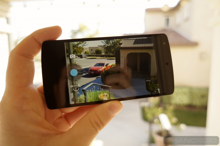 Nexus-5-camera-DSC01444 Google Releases Its Nexus 5 that Is Powered by Android 4.4, KitKat