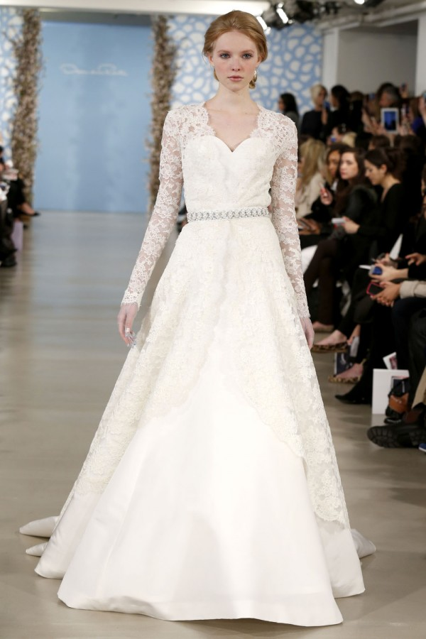 Oscar-De-La-Renta-Spring-2014-Wedding-Dresses-22-600x900 47+ Creative Wedding Ideas to Look Gorgeous & Catchy on Your Wedding