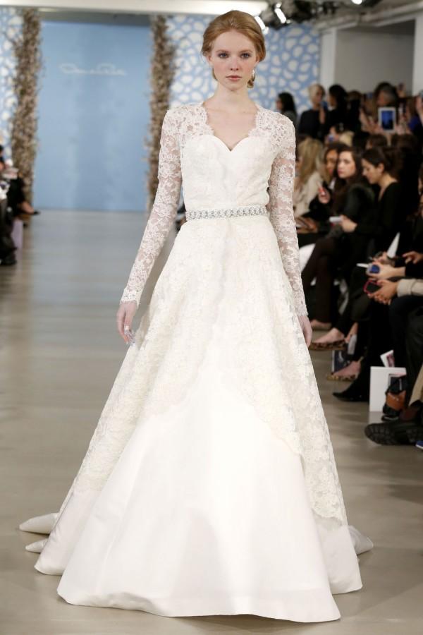 Oscar-De-La-Renta-Spring-2014-Wedding-Dresses-22-600x900 47+ Creative Wedding Ideas to Look Gorgeous & Catchy on Your Wedding