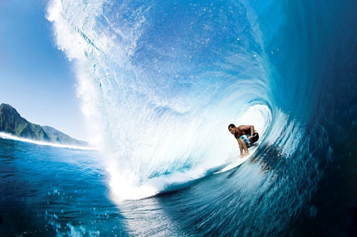 SFGP-140100-LIGHTBOX-30-HR 70 Stunning & Thrilling Photos for the Biggest Waves Ever Surfed