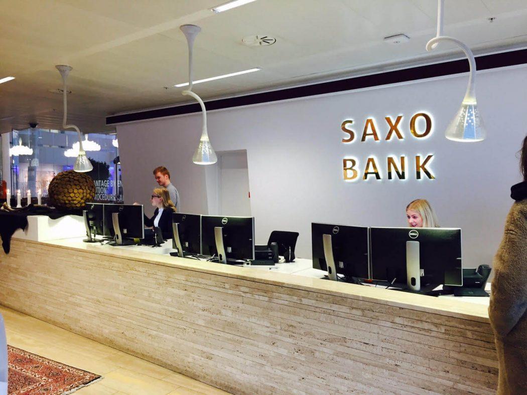 Saxo-Bank Three Accessories That Brides Shouldn't Skip