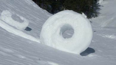 Photo of Stunning Snow Rollers that Are Naturally & Rarely Formed