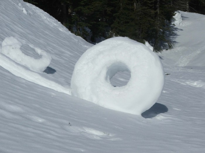 Snow-roller-N-WA-Cascades_3-13-07 Stunning Snow Rollers that Are Naturally & Rarely Formed