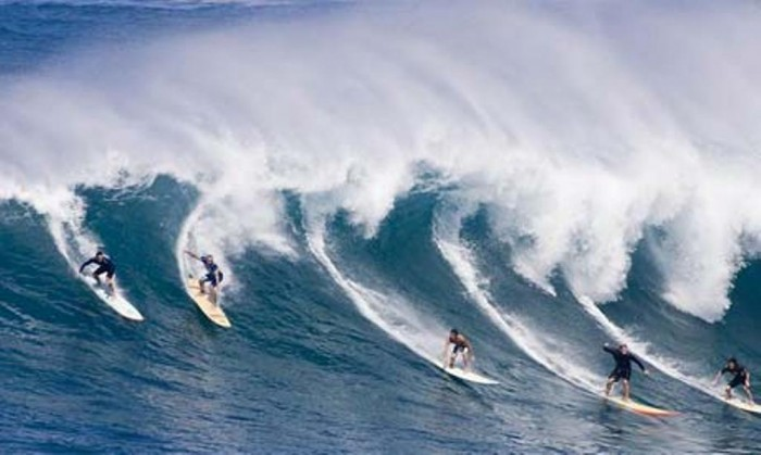 Surf-Beachs-in-Australia 70 Stunning & Thrilling Photos for the Biggest Waves Ever Surfed