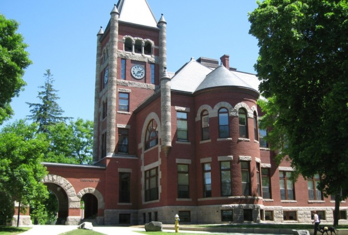 Uni-of-new-hampshire Scholarship Opportunities to Continue Your Education