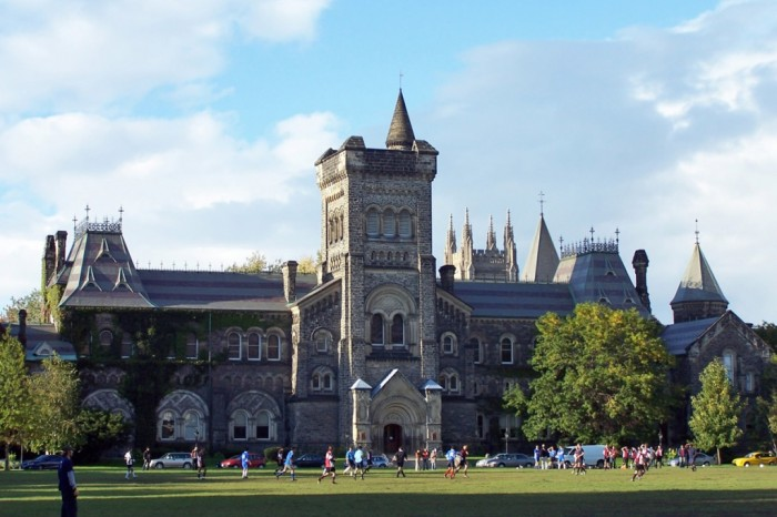 University-of-Toronto Scholarship Opportunities to Continue Your Education