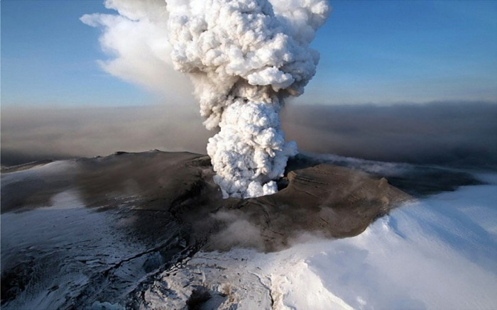 Volcanoes-in-Iceland Adventure Travel Destinations to Enjoy an Unforgettable Holiday