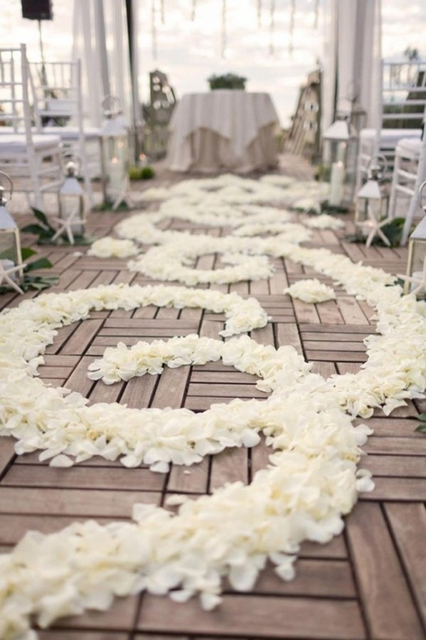 aisle-petals-wedding-ceremony-3 47+ Creative Wedding Ideas to Look Gorgeous & Catchy on Your Wedding