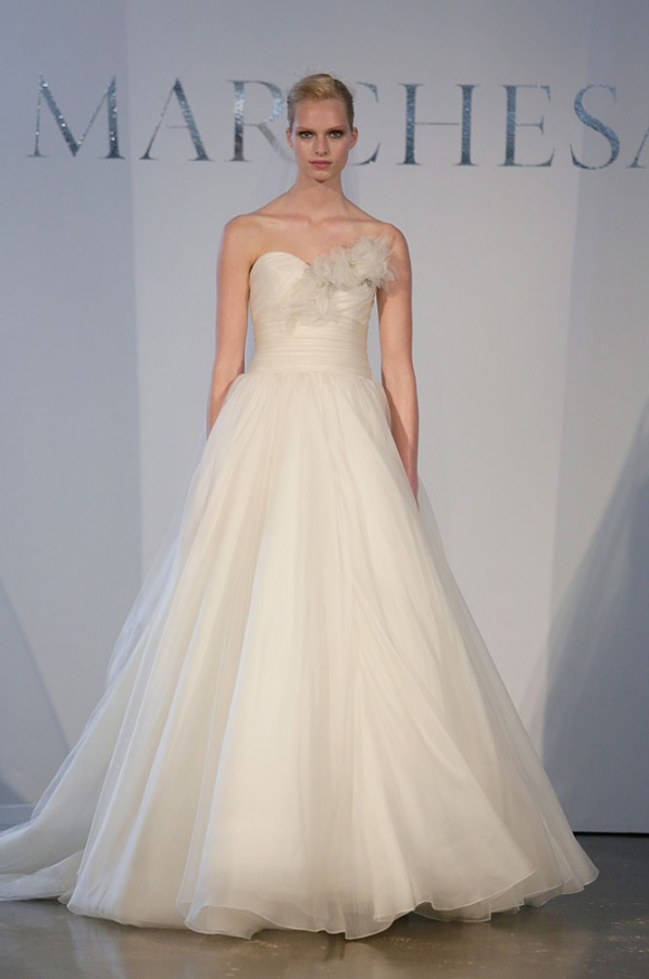 bridal-marchesa-sp14 47+ Creative Wedding Ideas to Look Gorgeous & Catchy on Your Wedding