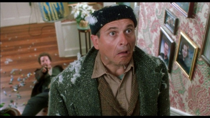 home-alone-original-joe-pesci Top 10 Christmas Movies of All Time