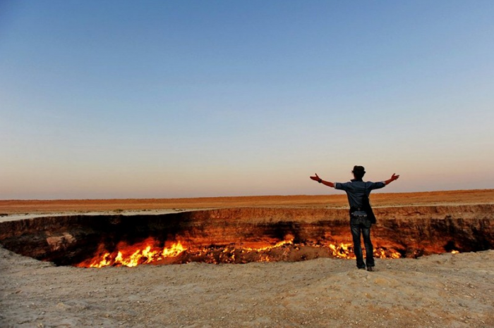 jK8GmgNlVDuiM The Door to Hell Is Open Now, Have You Ever Seen It?