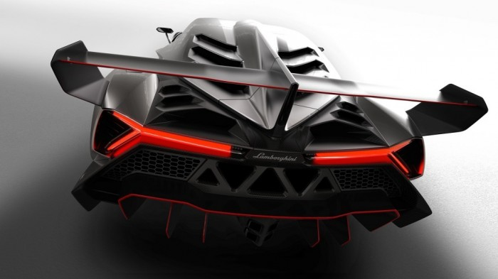 lamborghini-veneno_rear Lamborghini Veneno Allows You to Enjoy Driving At a High Speed