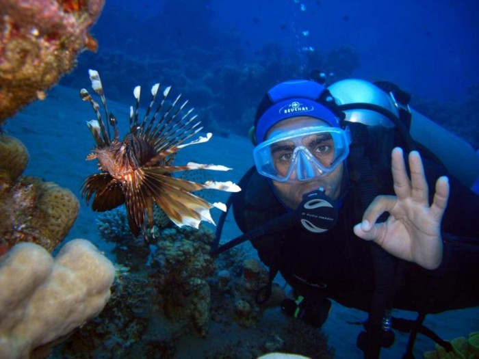 lion-fish-with-diver1 Adventure Travel Destinations to Enjoy an Unforgettable Holiday