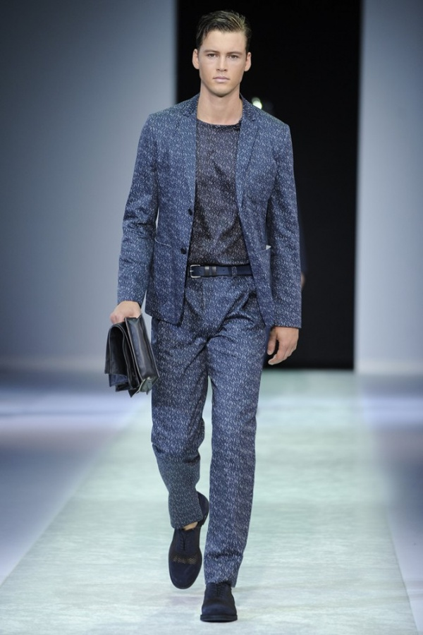 mens-clutch-emporio-armani-022 75+ Most Fashionable Men's Winter Fashion Trends Expected for 2021