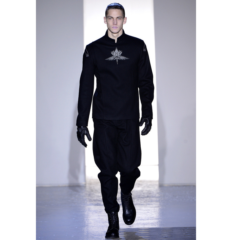 mugler_menswear_fall_winter_2013_2014_5658_north_800x 2017 Winter Fashion Trends for Men to Look Fashionable & Handsome ... [UPDATED]