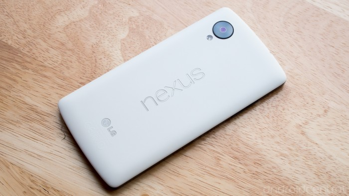 nexus-5-white-01 Google Releases Its Nexus 5 that Is Powered by Android 4.4, KitKat