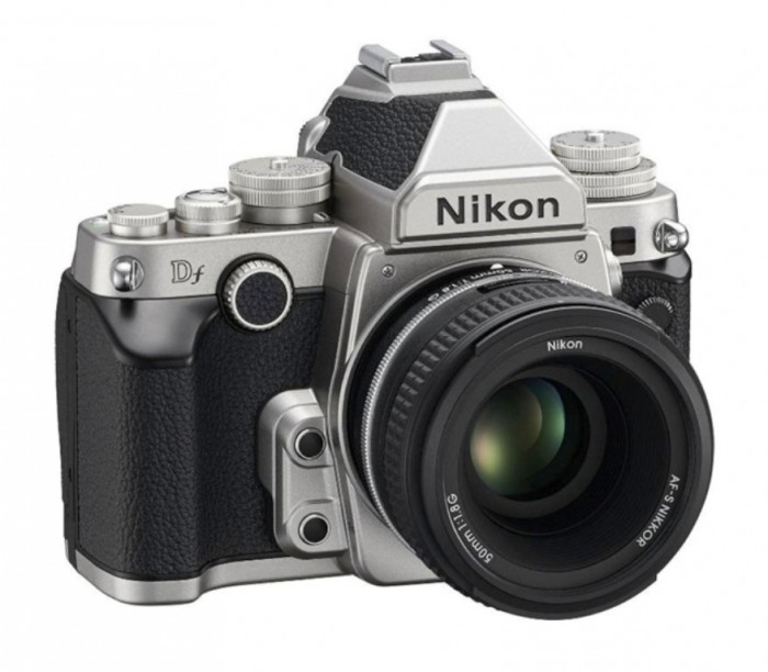 nikon-df-right-640 Nikon Df Camera As an Exceptional Combination Between the Classic Shape & Advanced Performance