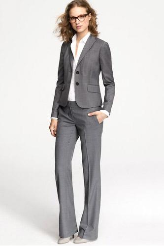 petite-woman-tall5 10 Expert Tips For Women To Look Taller