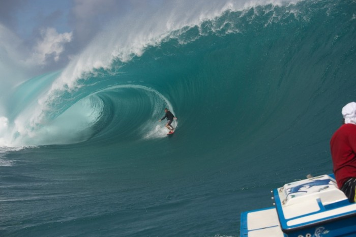 richie_vas_12_3 70 Stunning & Thrilling Photos for the Biggest Waves Ever Surfed