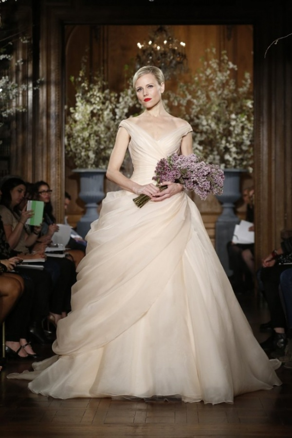 romona-keveza-20-650x974 47+ Creative Wedding Ideas to Look Gorgeous & Catchy on Your Wedding