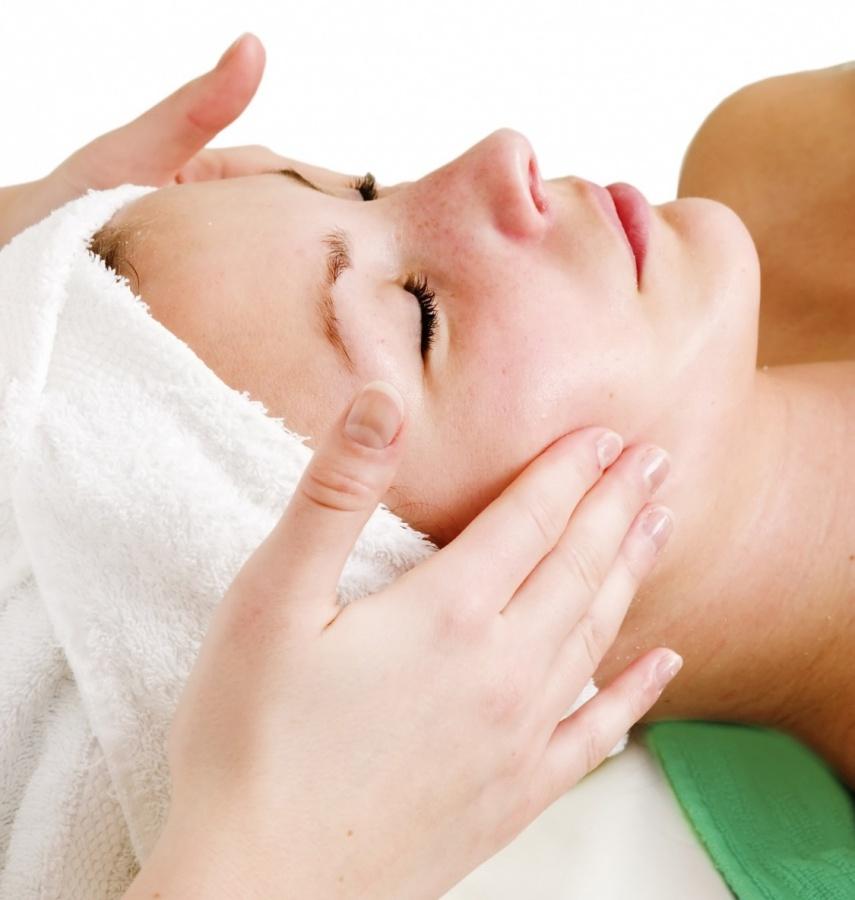 skin22 Tips On Taking Full Care Of Your Skin