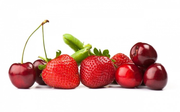 strawberries-cherries-1920x1200 Do You Want to Lose Weight? Eat These 25 Superfoods