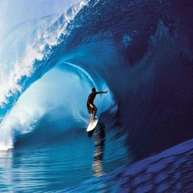 surfing1 70 Stunning & Thrilling Photos for the Biggest Waves Ever Surfed