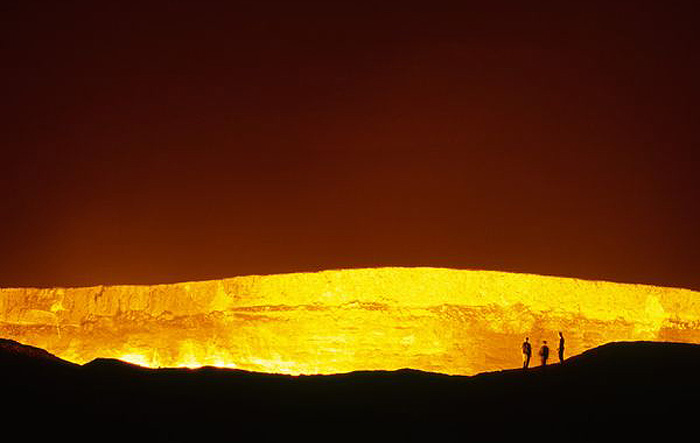 the-door-to-hell-turkmenistan The Door to Hell Is Open Now, Have You Ever Seen It?