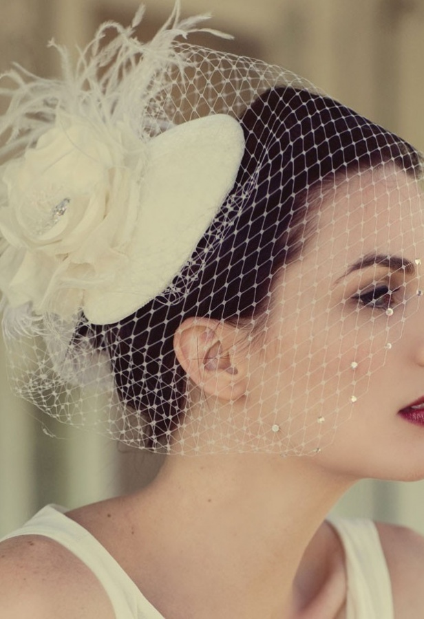 wedding-hats-52 47+ Creative Wedding Ideas to Look Gorgeous & Catchy on Your Wedding