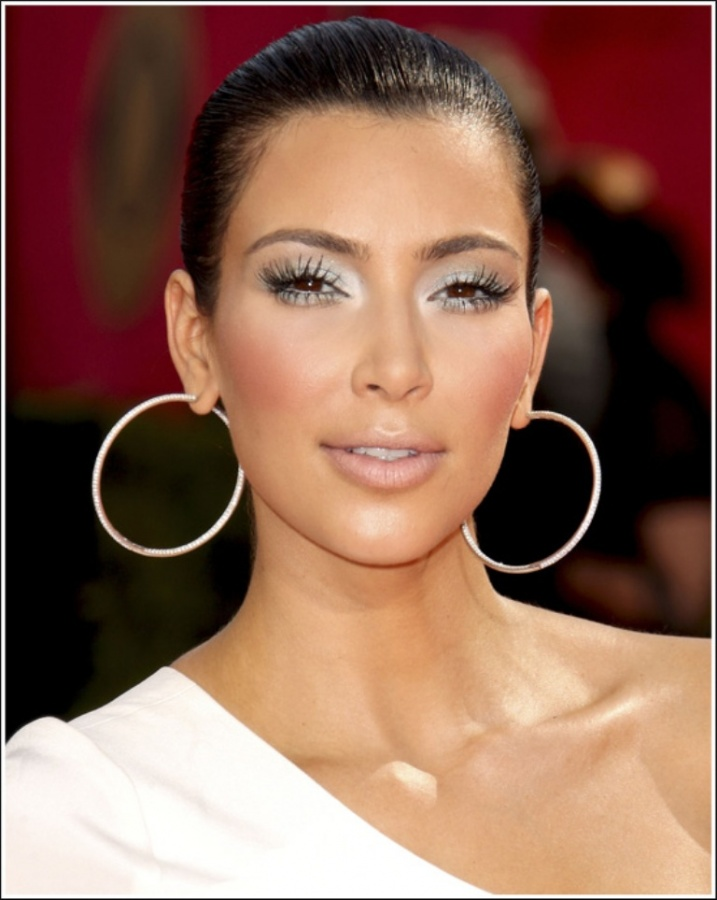 12 Top 10 Latest Beauty Trends That You Should Try