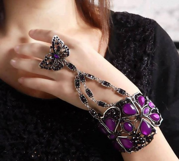 1237010_682944045066519_529139360_n 65 Hottest Hand Back Jewelry Pieces for 2020