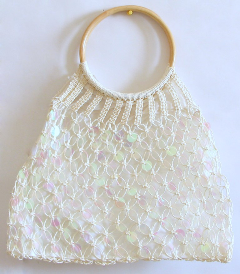 124471xcitefun-stylish-crochet-bag-1 10 Fascinating Ideas to Create Crochet Patterns on Your Own