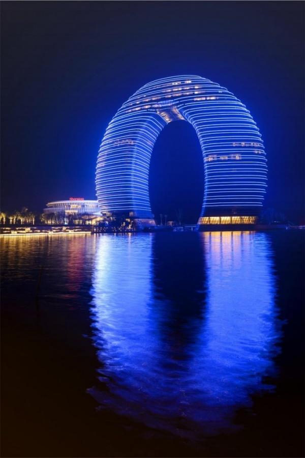 135517_large-683x1024 Top 30 World's Weirdest Hotels ... Never Seen Before!