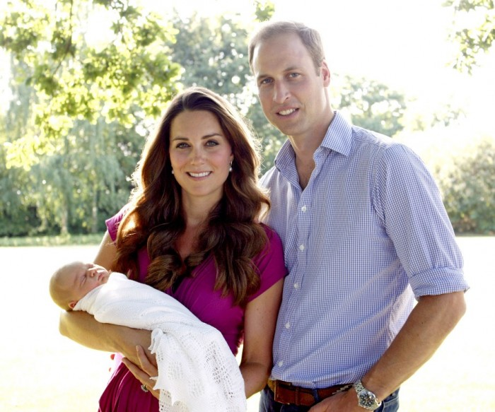 1377000518_baby-george-kate-middleton-prince-william-zoom Celebrities Who Had Babies in 2013, Who Are They?