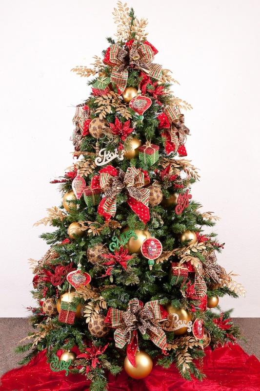 15-Unique-Christmas-Tree-Designs-81 79 Amazing Christmas Tree Decorations