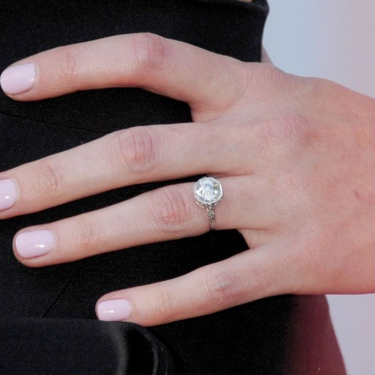 2-alexis-bledel-engaged-engagement-engagement-ring-vincent-kartheiser-mad-men-celebrity-weddings-0418-w724 35+ Fascinating & Stunning Celebrities Engagement Rings for 2020