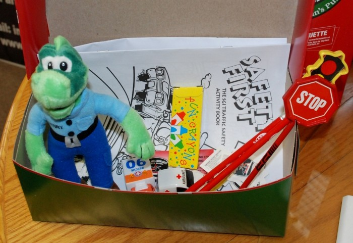 2013-11-18-08-37-56-example-box Do You Know How to Train Your Child to Use the Five Senses?