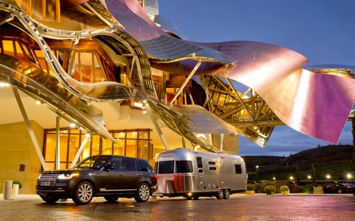 2013-Land-Rover-Range-Rover-and-Airstream-Static-Marques-de-Riscal-Hotel-1920x1200 Top 30 World's Weirdest Hotels ... Never Seen Before!