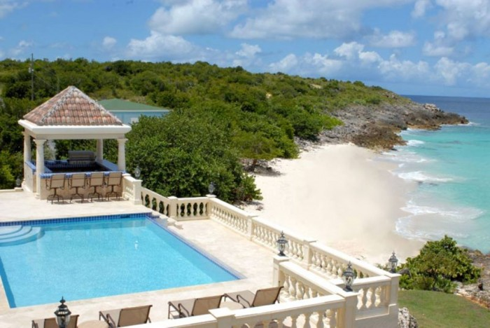 Top 10 romantic vacation spots for couples to enjoy for Best caribbean romantic vacations