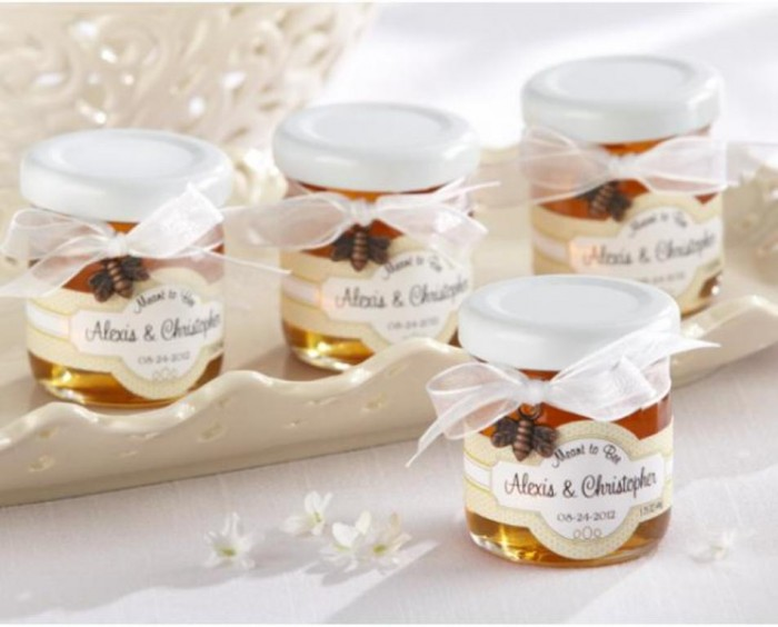 420116 Save Money & Learn How to Make Your Own Wedding Favors