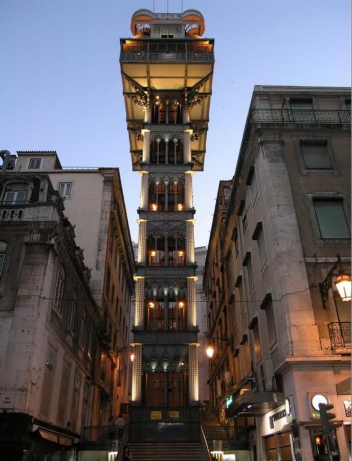 499434321_5916c05035_o The World's 20 Weirdest & Craziest Elevators
