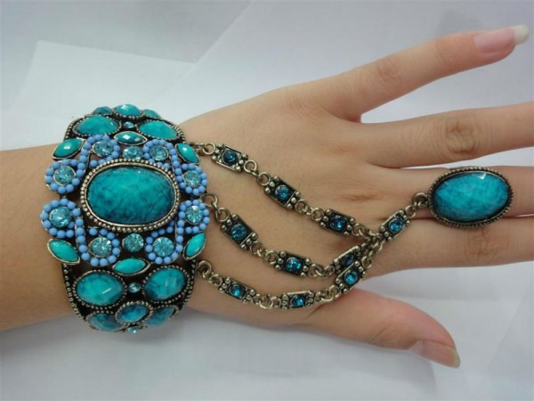 502410377_919 65 Hottest Hand Back Jewelry Pieces for 2020