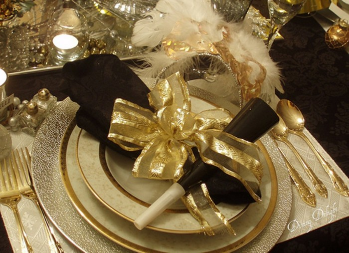 5365571121_7bd5586980 Awesome & Breathtaking Ideas for New Year's Holiday Decorations